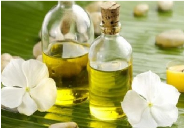 Top Benefits of Tamanu Essential Oil